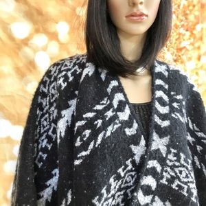 Express Tribal Print Cape/Wrap/Coat OS